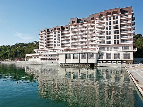 Port Palace Starh Architects